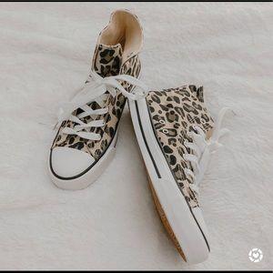 Like new leopard high tops!
